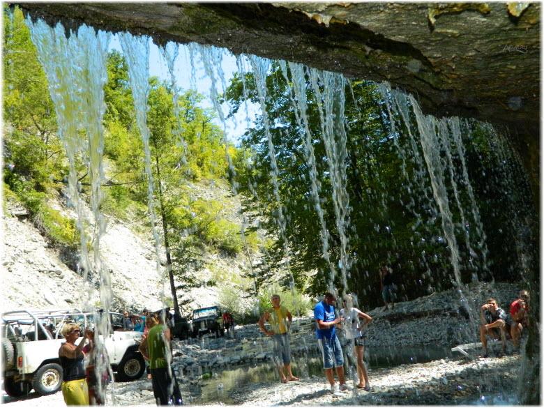 полковничьи водопады фото