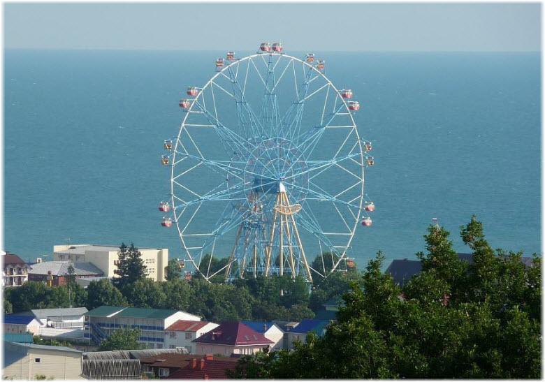 лазаревское колесо обозрения фото