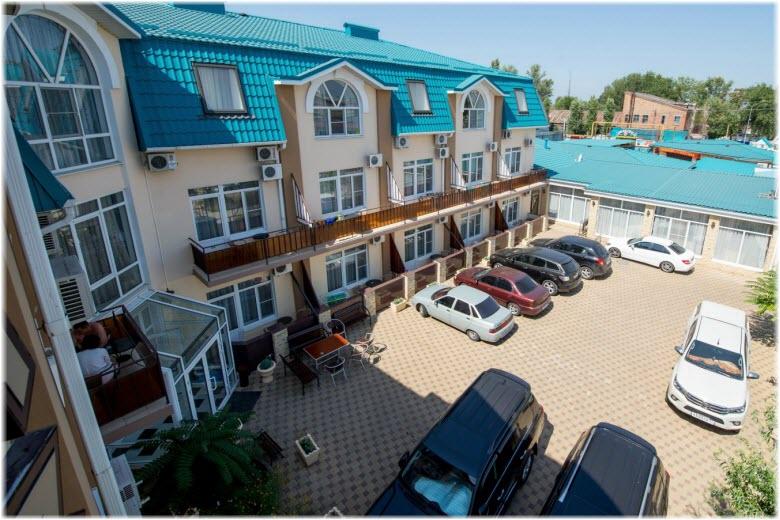 Отель «Вавилон» в Ейске