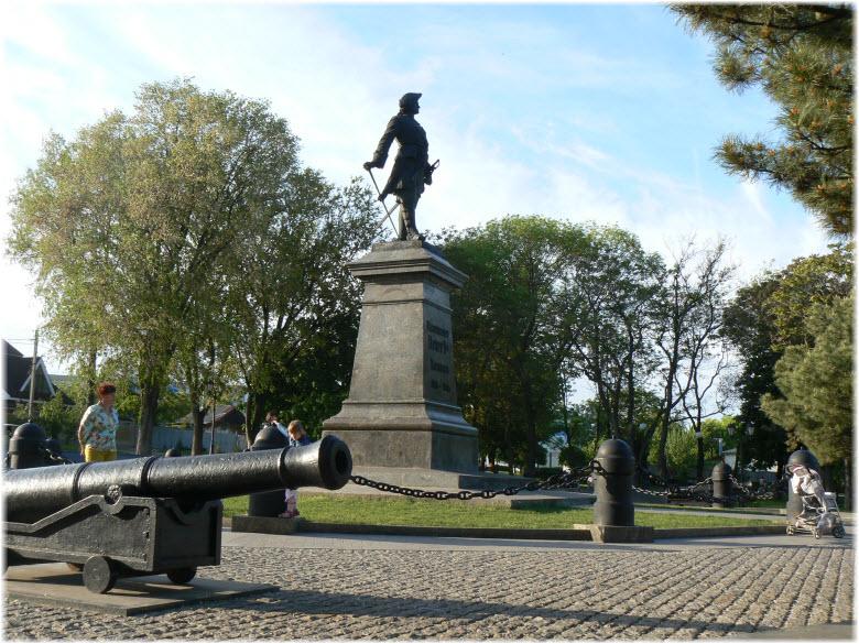 памятник петру I в таганроге фото