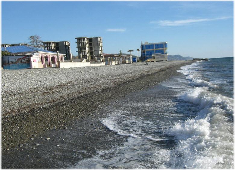 На пляже отеля Прометей