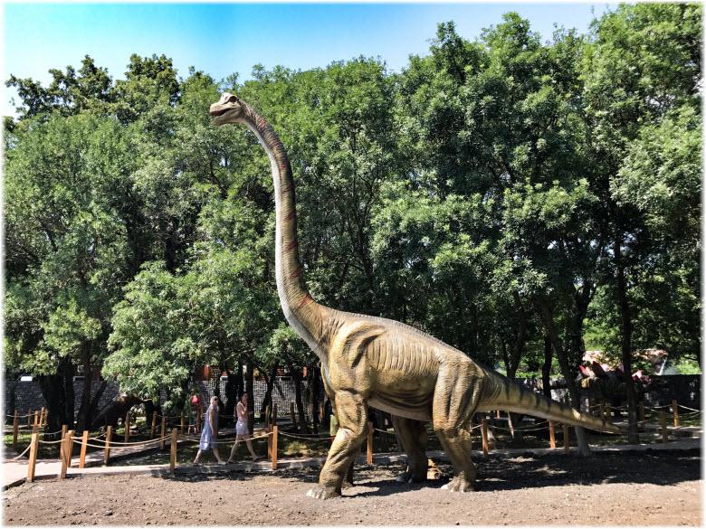 фото бронтозавра в Кабардинке