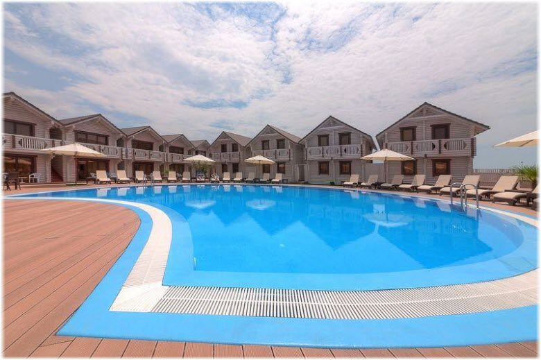 бассейно гостиницы Белый пляж