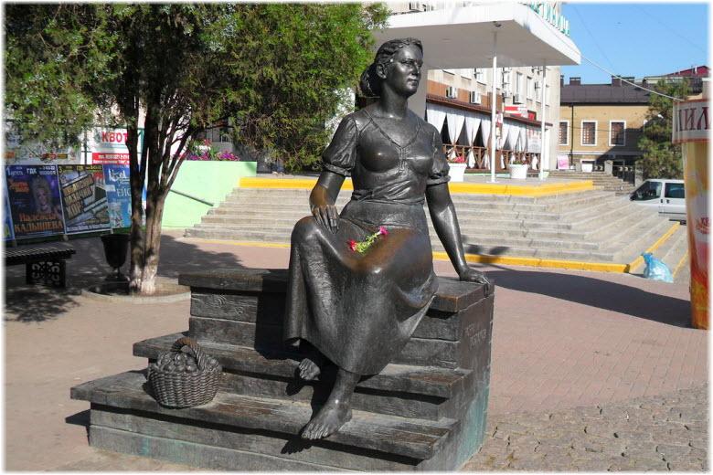 Памятник с сердцем Свирск подбор памятников Кингисепп