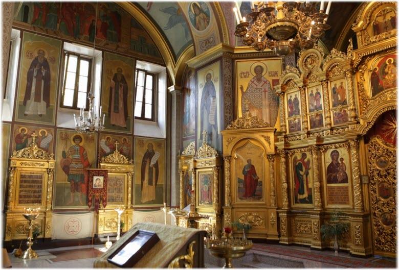 фото внутри Михайловской церкви