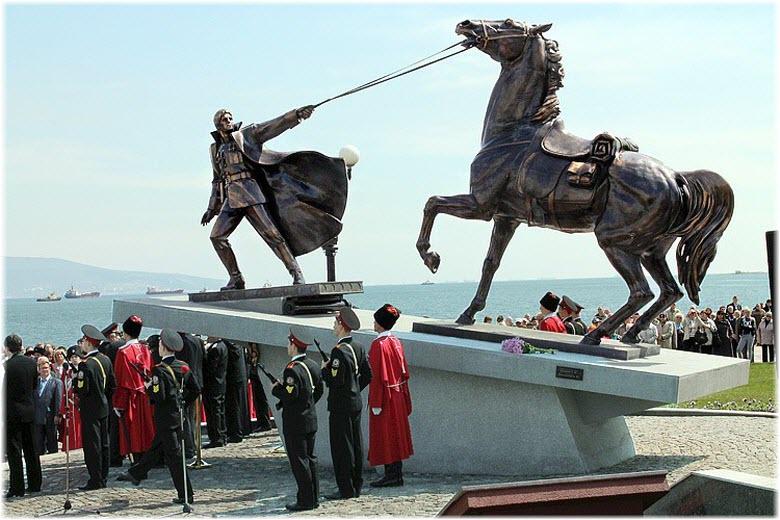 митинг у памятника Исход