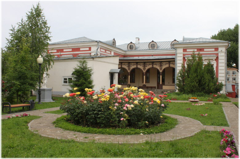 парк возле Картинной галереи