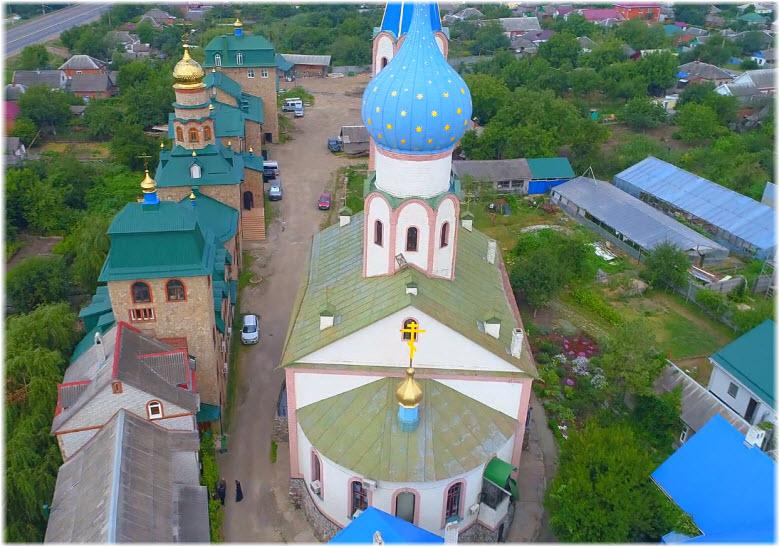 фото монастыря вблизи