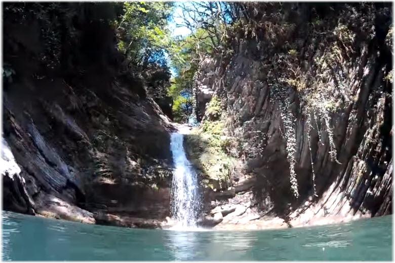 Самшитовые водопады