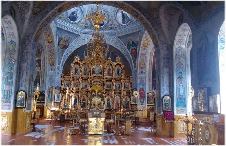 фото внутри Свято-Успенского собора