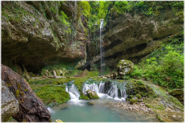 фото водопада Глубокий Яр