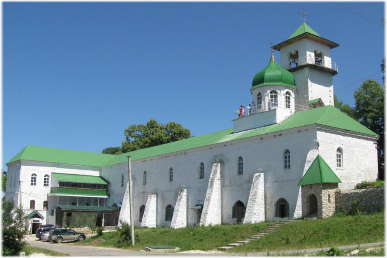 Свято-Михайловский монастырь в Адыгее