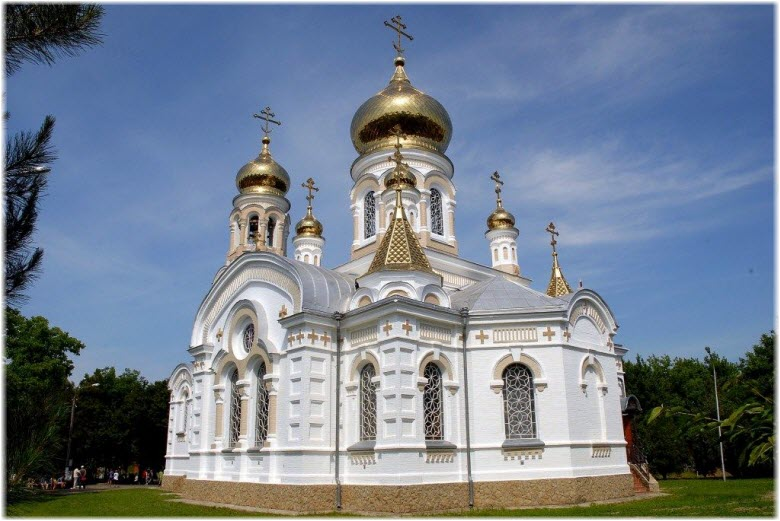 Свято-Успенский храм в Славянске-на-Кубани