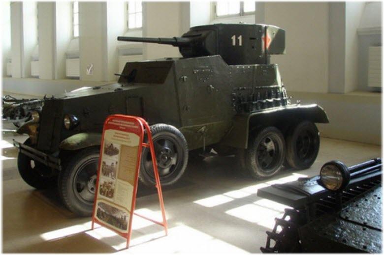 экспонаты Музея обороны