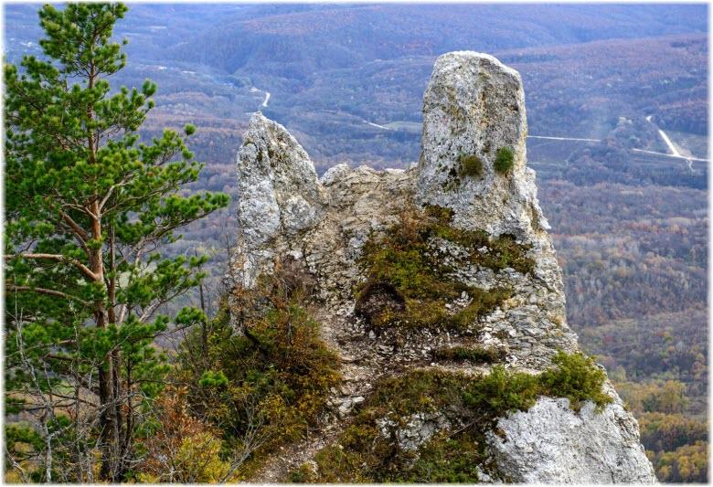 фото Чертового пальца вблизи