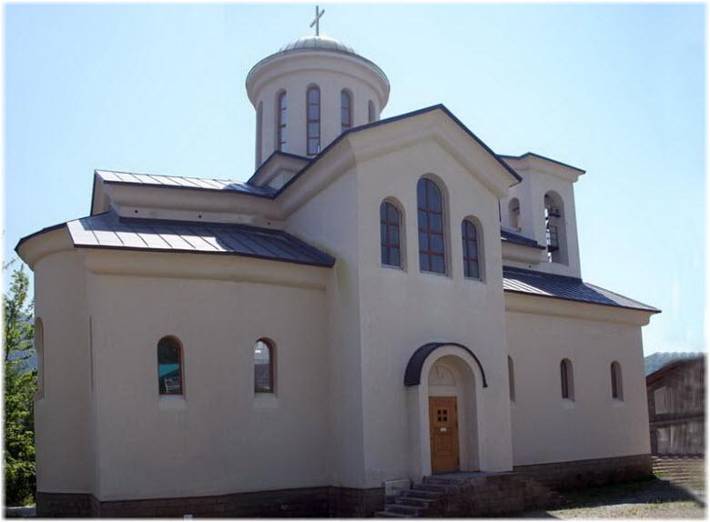 фото церкви вблизи