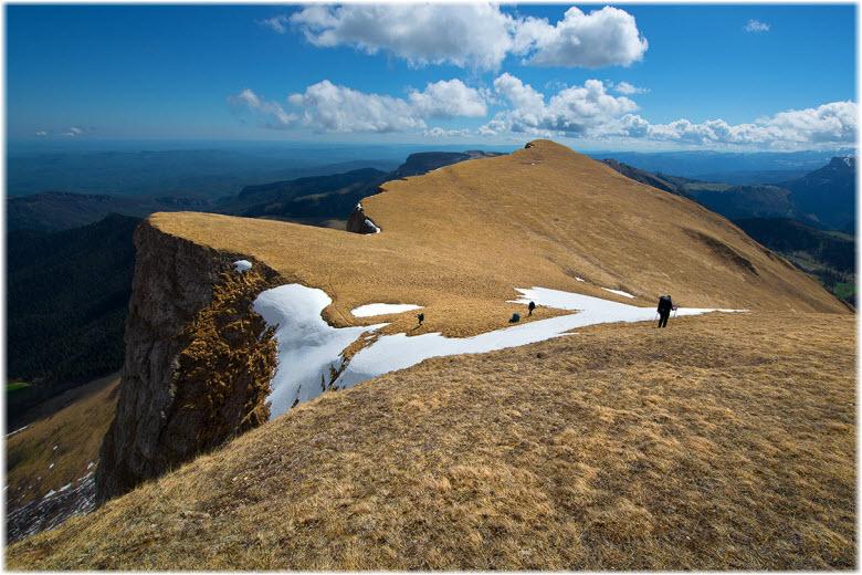 гора Агиге