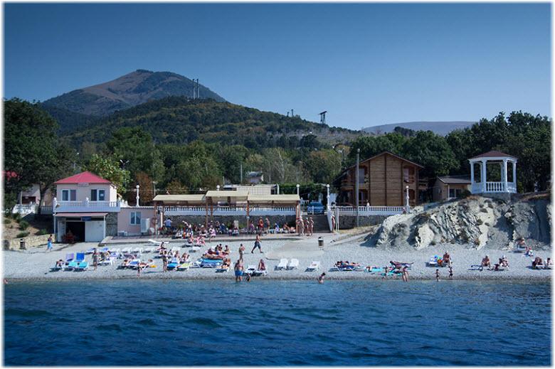 пляж Лазурный в Кабардинке