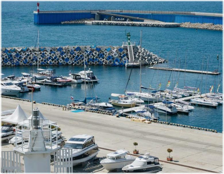 яхтенный порт Адлера
