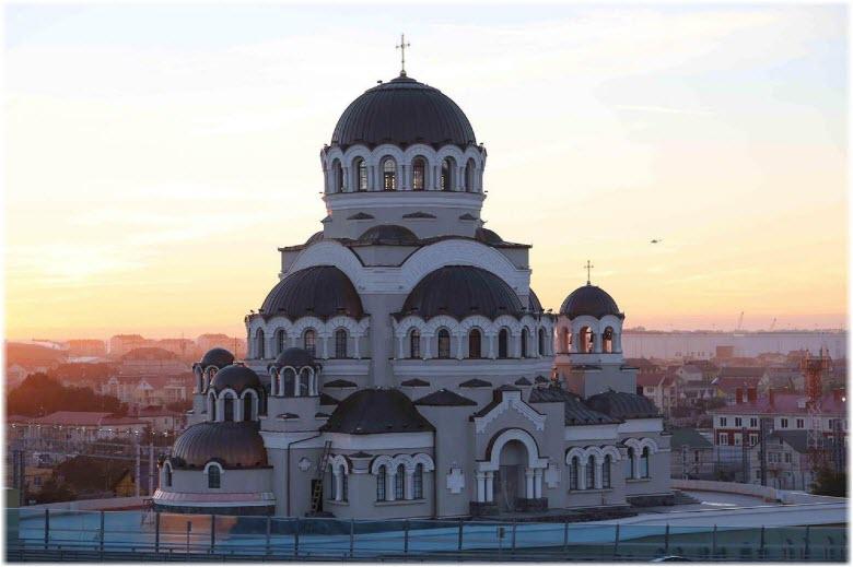 Храм Спаса Нерукотворного в Сочи