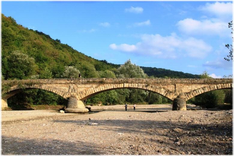 мост в Даховской