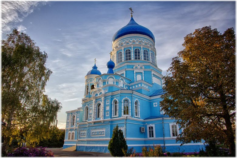 Свято-Покровский храм в Каневской