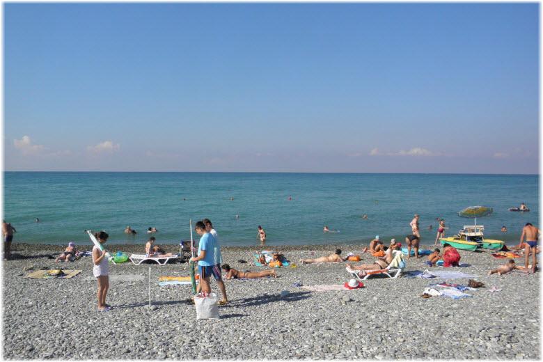 Центральный пляж Якорной Щели