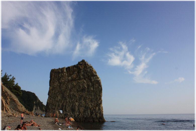 фото скалы Парус