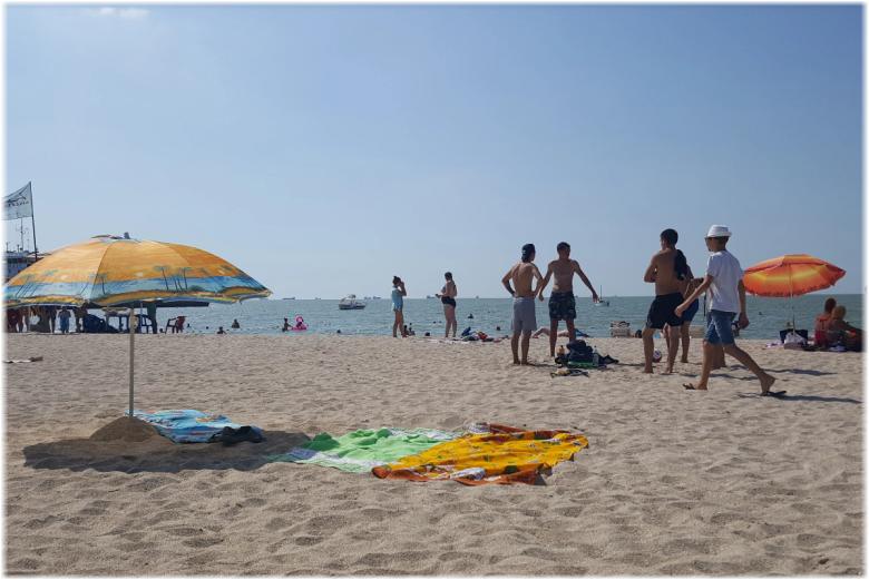 на Городском пляже в Ейске