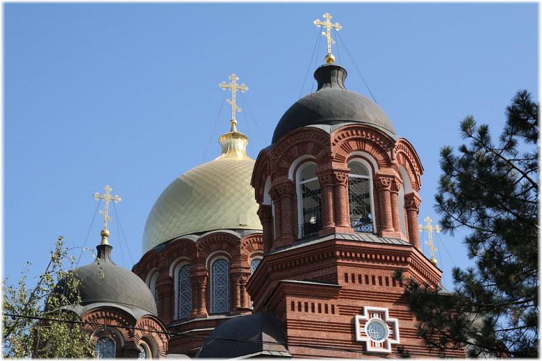 фото куполов кафедрального собора Краснодара