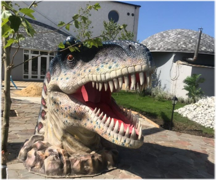 голова динозавра для фото