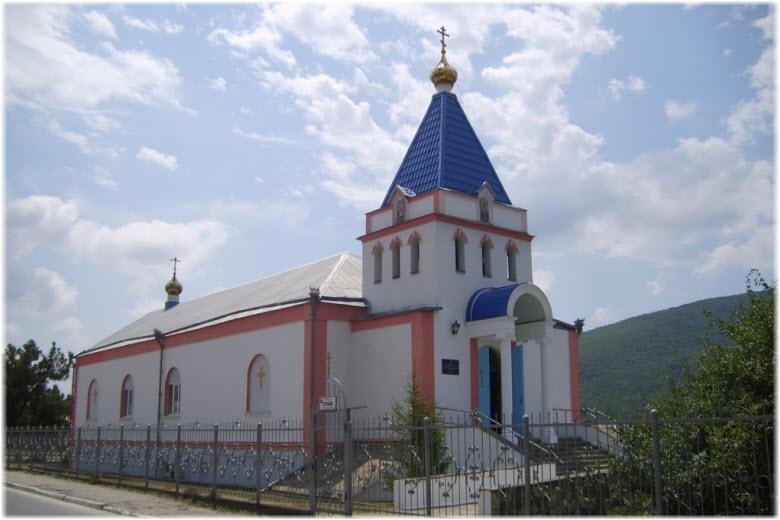 Храм Пантелеймона Целителя в Кабардинке