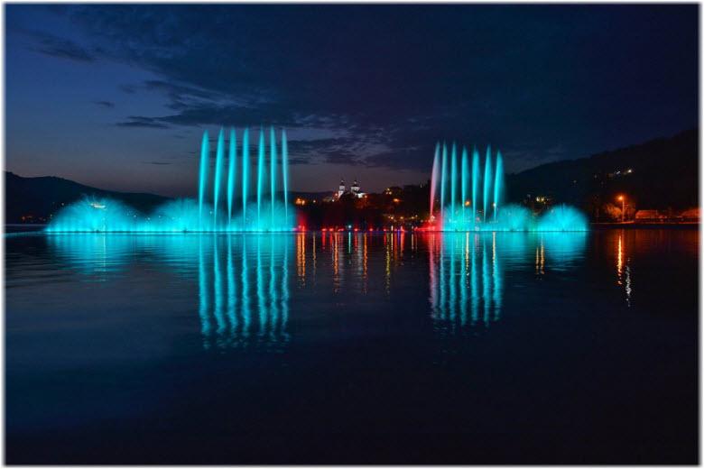 Поющие фонтаны в Абрау-Дюрсо