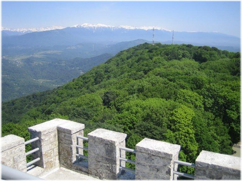 виды со смотровой башни на Ахуне