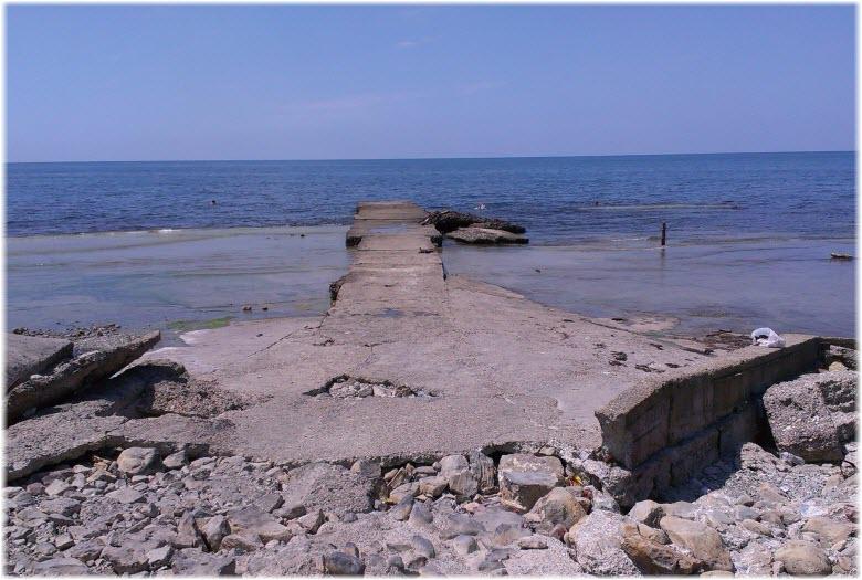 пляж у ручья Хрустальный