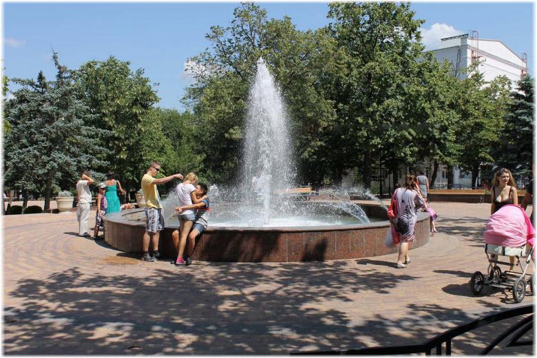 фонтан в Ленинском парке