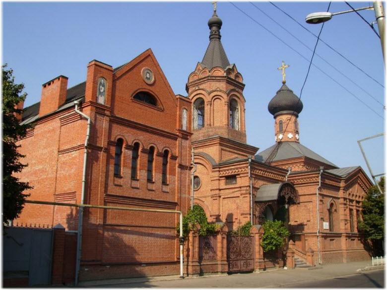 фото входного портала в церковь