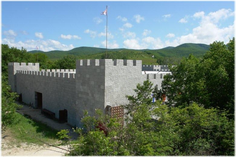 рыцарский замок львиная голова