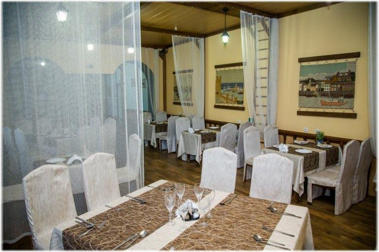 гостиница ассоль в таганроге ресторан