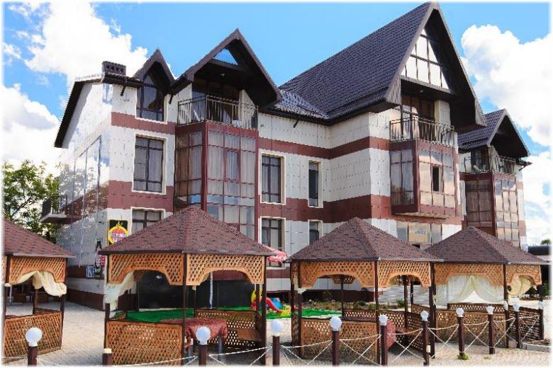 Фасад отеля «Тропикана»