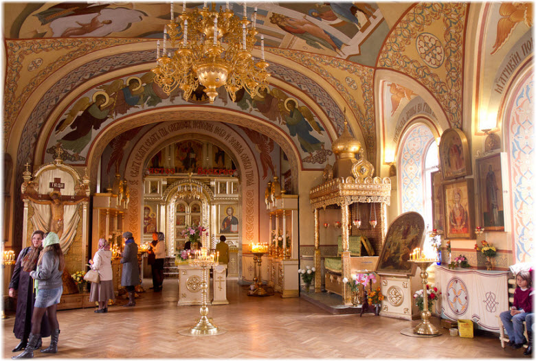 свято никольский храм в таганроге фото внутри