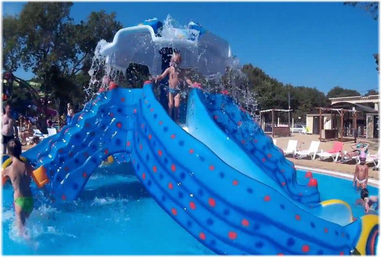 Детские развлечения в аквапарке «Эллада»
