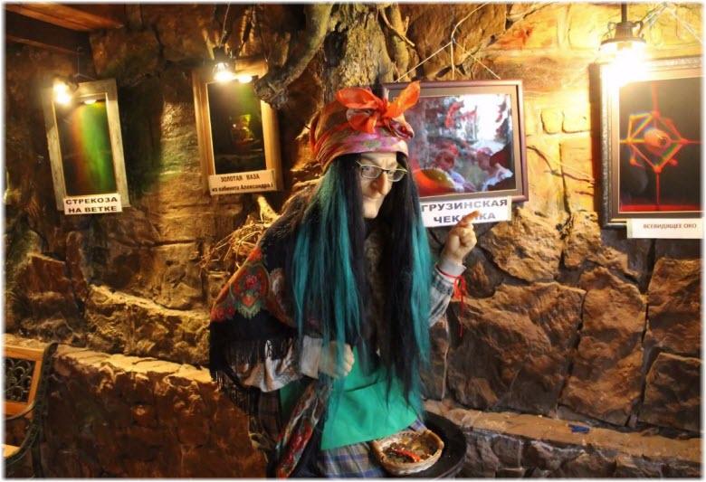 Фото восковых экспонатов в Анапе