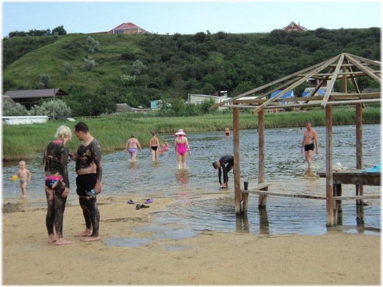 Голубицкое грязевое озеро