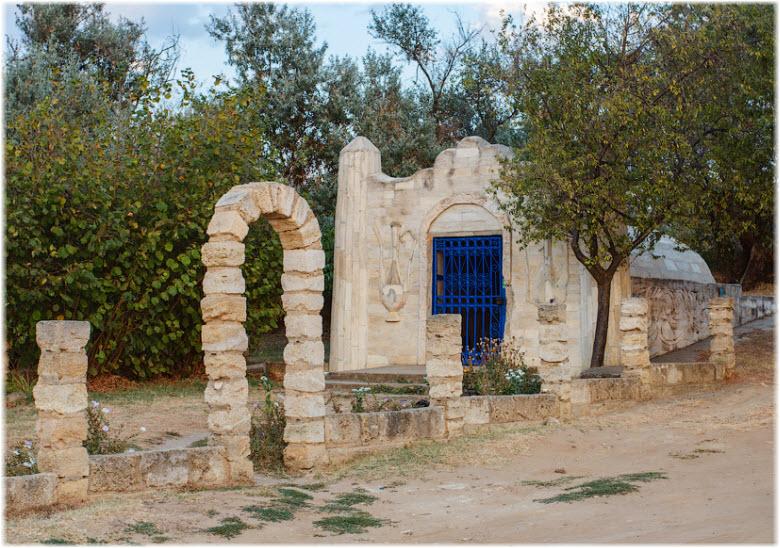 Турецкий фонтан на фото