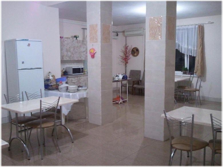 кухня в гостевом доме Светлана