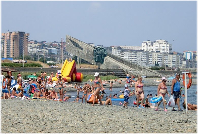 пляж Суджукской косы