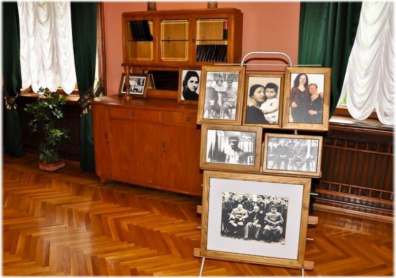 фото внутри дома-музея Сталина