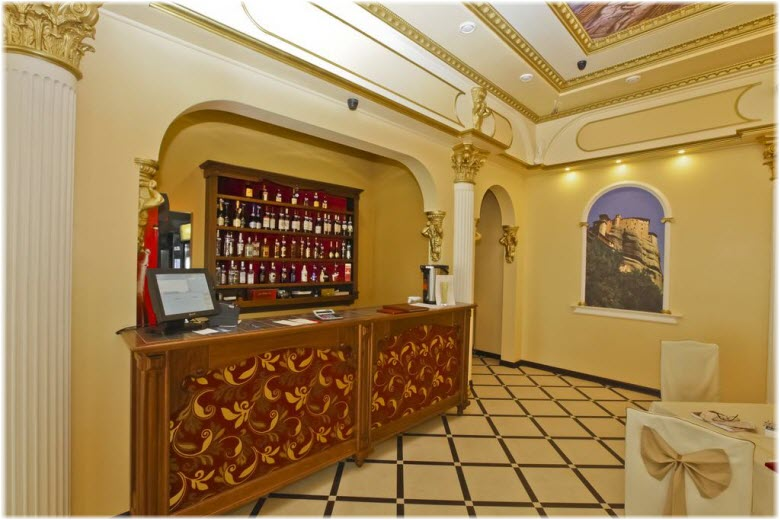 кафе в гостинице Ривьера