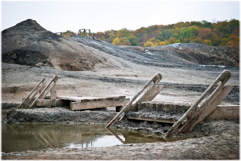 спуски в грязи Шуго